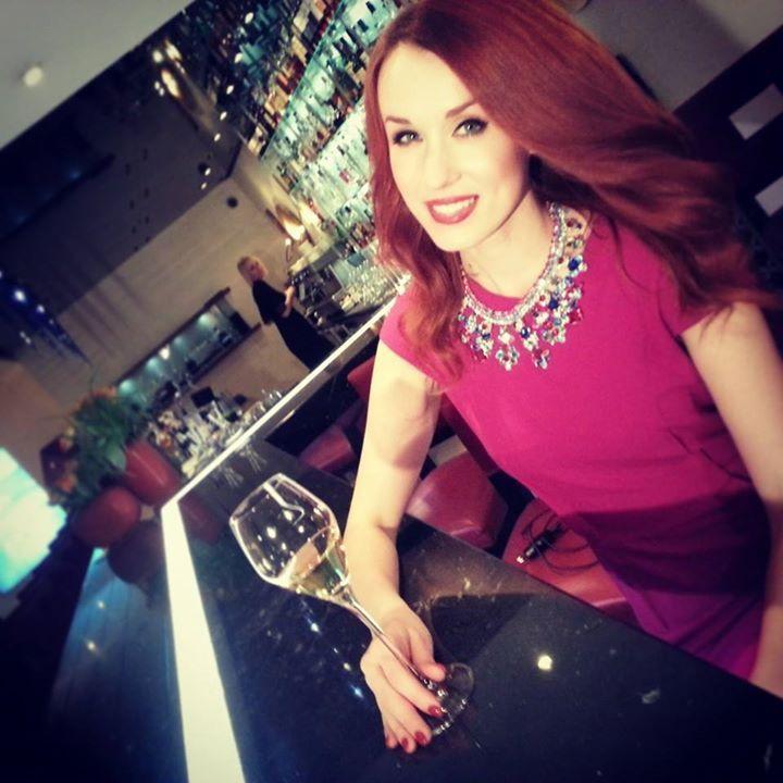 Lilien jewelry and Czech actor Lenka Vacvalova