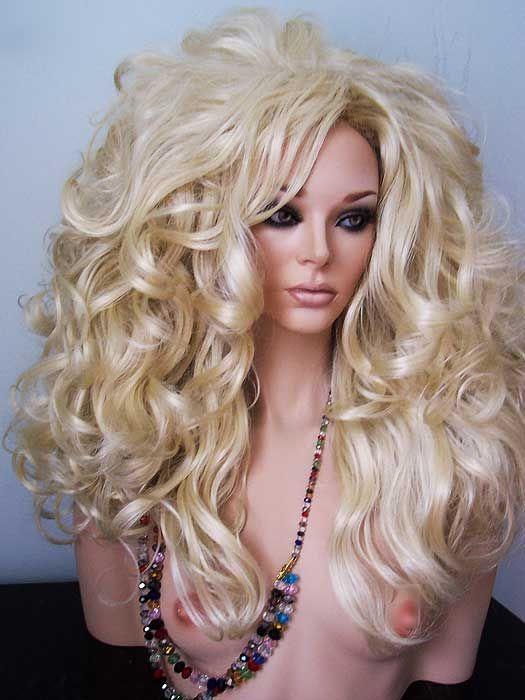 Blonde Queen 21