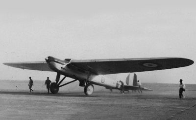 Fairey Long Range Monoplane (1928) The Fairey Long-range Monoplanes were a pair of British experimental aircraft of the late-1920s and early 1930s. They were single-engine, high-wing aircraft with fixed tail skid landing gear. The first one has flown from England to Karachi in 1929 in an attempt to set a new world record. Although the flight was the first non-stop flight between Britain and India, the great circle distance of 4,130 miles (6,646 km was short of the world records. It crashed…
