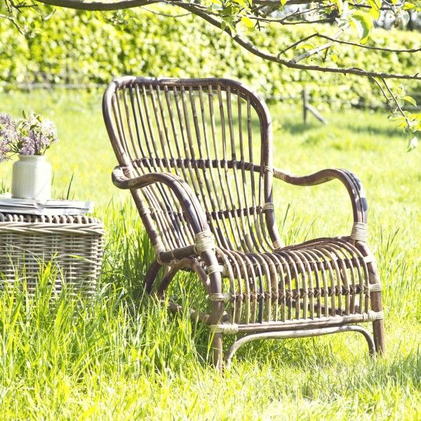 Rieten stoel voor buiten
