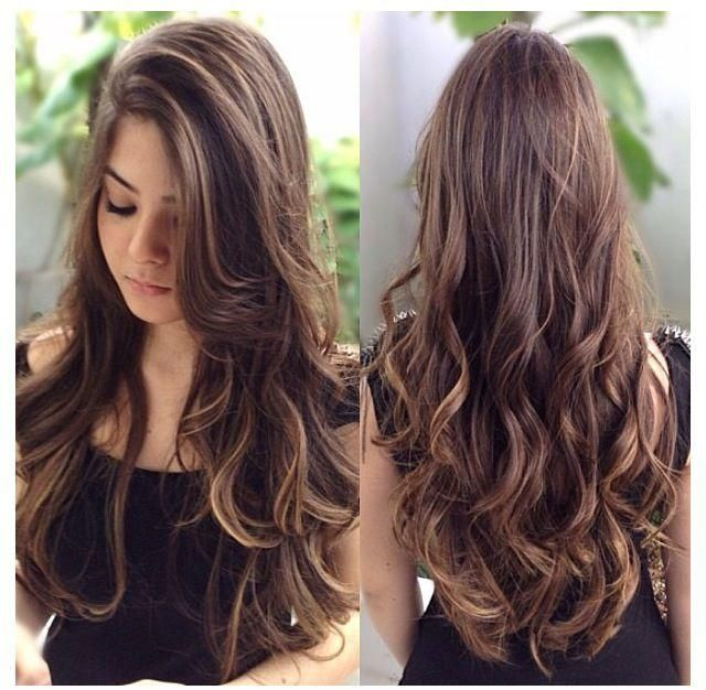 Absolutely gorgeous long brown waves with highlights and long layers.... If I can ever achieve this it would be a miracle.