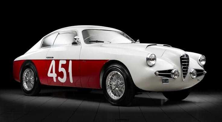 Voiture aussi rare que dotée d'un design superbe, la 1900 SS carrossée par Zagato a été construite à partir de 1953. De mécanique similaire au…
