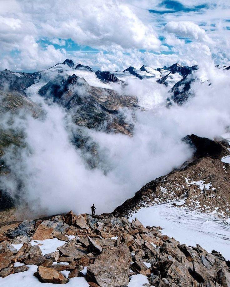 Die hohen Ötztaler. : @simschoe für Bergwelten beim #salewagetvertical #Obergurgl. #bergpic #oetztal #hochtour