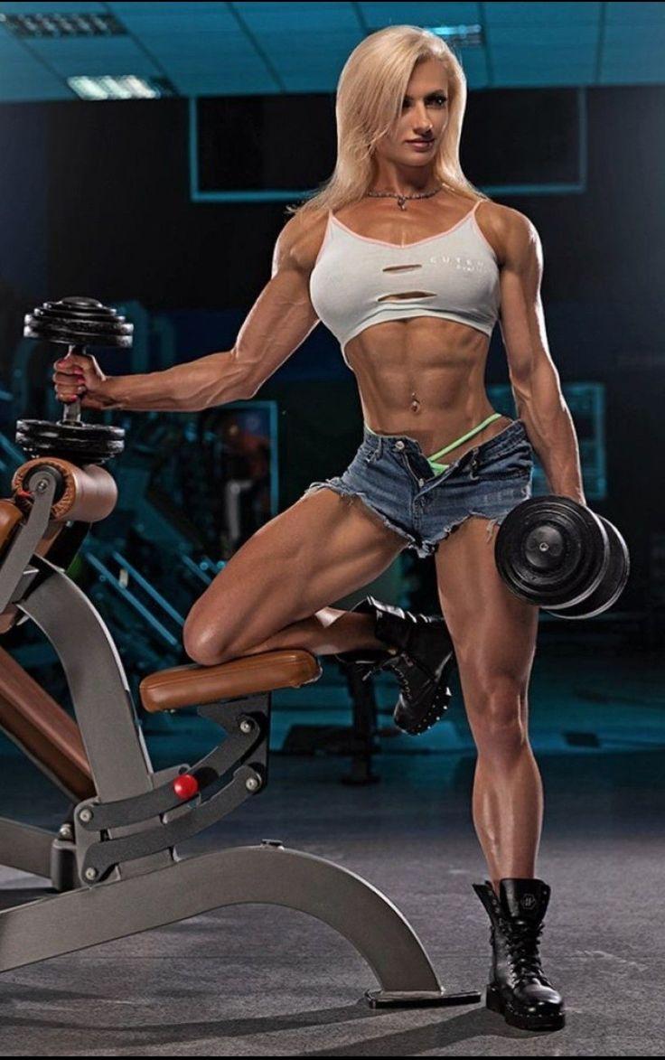 Julia Magdenko In 2021 Fitness Models Female Muscle Women Muscular Women