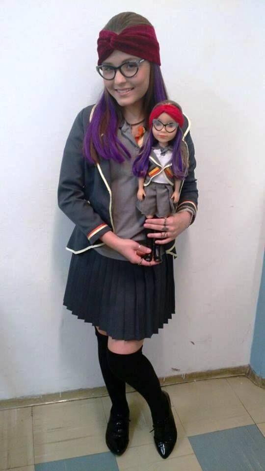 Boneca Isabela