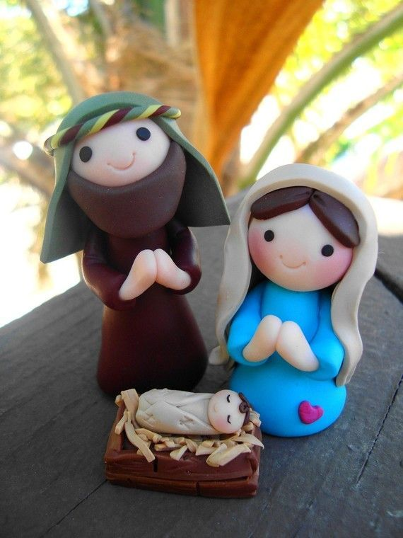 Clay nativity. This is so adorable! :):