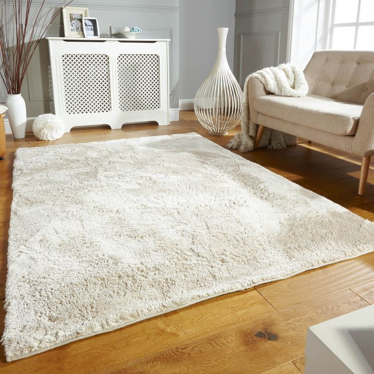 Wisp is a high quality, super soft, polyester shaggy rug with a fantastic lustrous sheen.