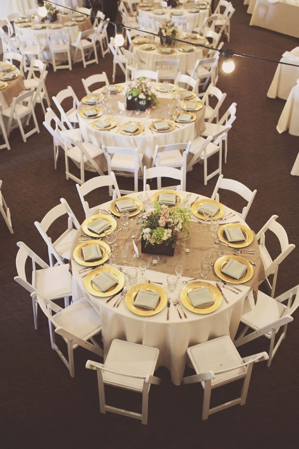 Country Vintage Wedding. Burlap RunnersBurlap Table ...