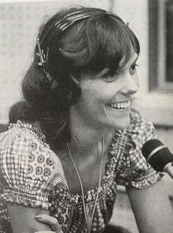 Karen Carpenter smiling :)