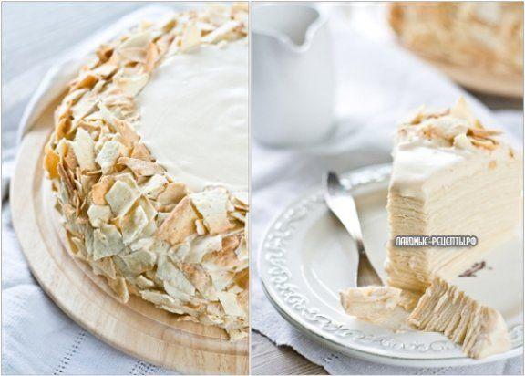 """Многослойный торт """"Наполеон"""" со сгущенкой и взбитыми сливками"""