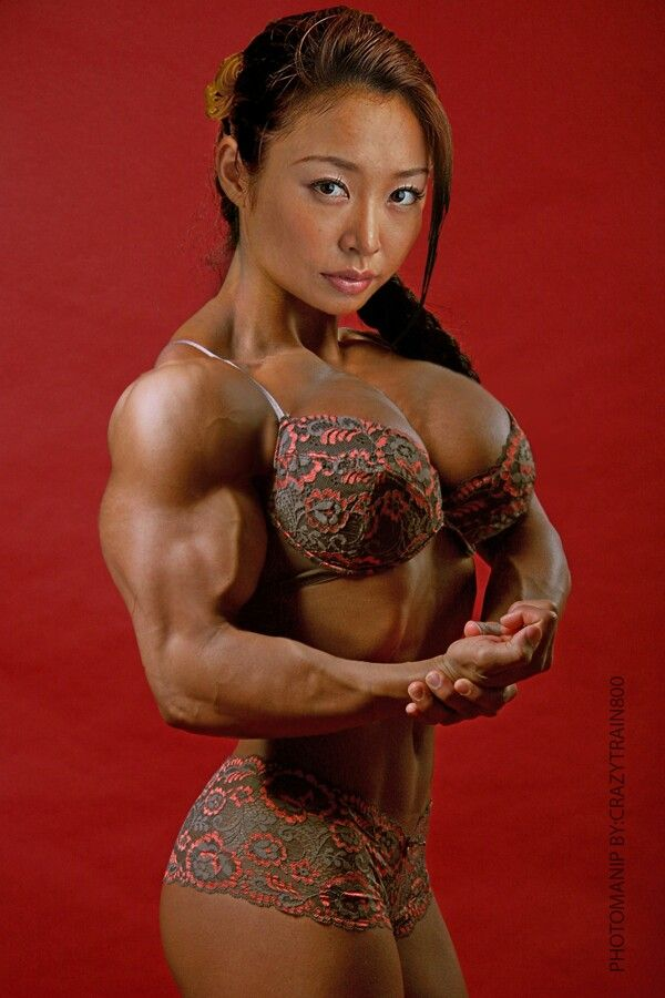 Free Muscle Babes Porn Pics 4