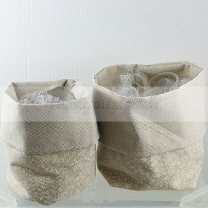 Saccotto per confettata in cotone con fiori - VARIE MISURE/ Shabby chic bag Disponibile/Available www.ilvillaggiodeglisposi.com