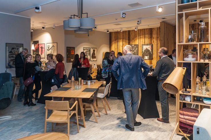 Wykłady i sztuka. Otwarcie nowego salonu wystawowego; showroom, design, wzornictwo, meble, projektowanie wnętrz