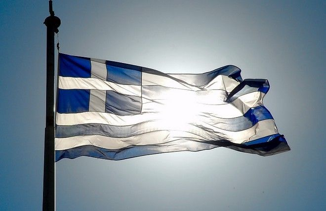 Η ΜΟΝΑΞΙΑ ΤΗΣ ΑΛΗΘΕΙΑΣ: Γιατί η ελληνική σημαία είναι κυανόλευκη και έχει ...