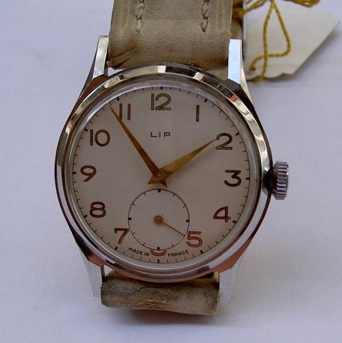 montre ancienne lip r 25 acier 1950 stock neuf watches pinterest lips. Black Bedroom Furniture Sets. Home Design Ideas