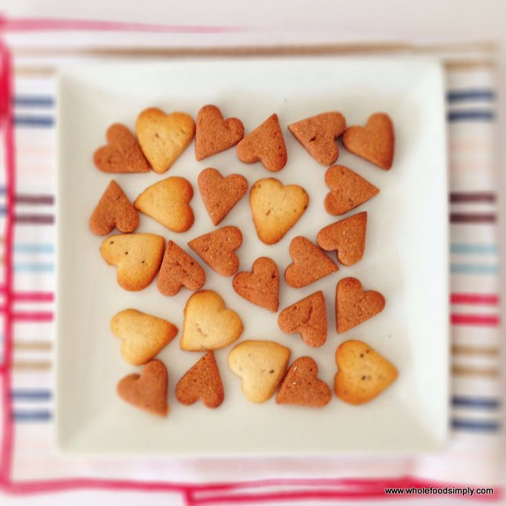 Quick and easy crackers perfect for kids. Free from nuts, eggs, gluten, grains, dairy and refined sugar.