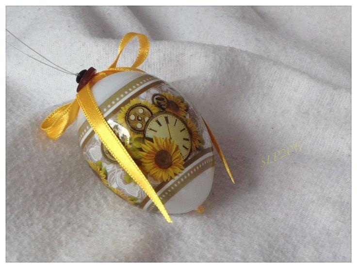 Kutistemuovilla koristeltu pääsiäismuna, SLP