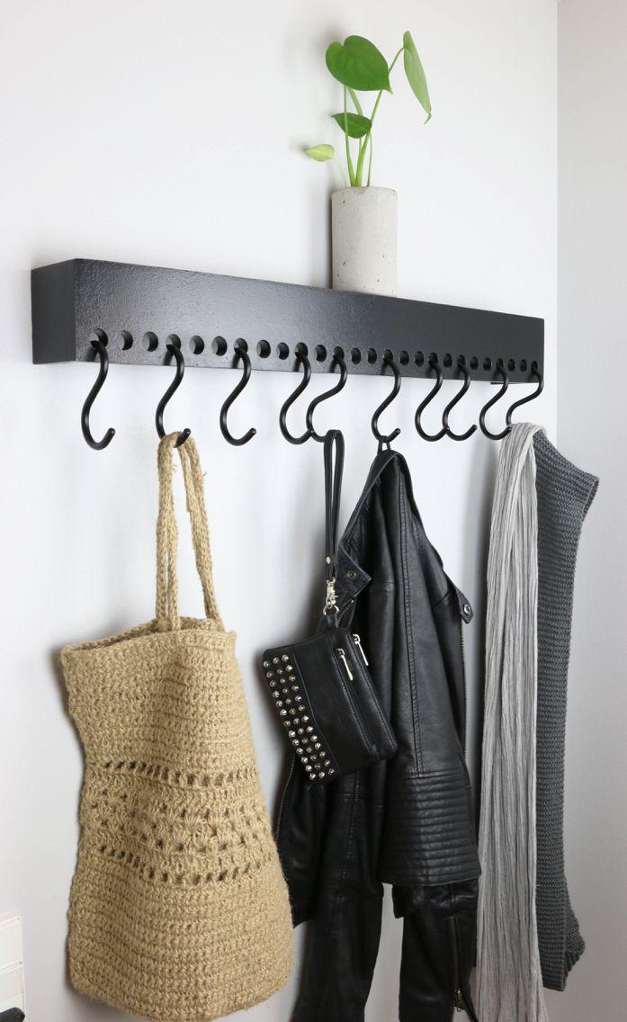 DIY knagerække  http://fornydinbolig.dk/blog/diy-knageraekke @Fornydinbolig.dk