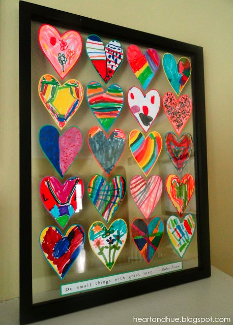 heart and hue: Small things ...  nice for pre-K or Kindergarten.  Floating framed art