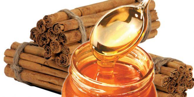 Les gens de nombreuses cultures ont utilisé le miel et la cannelle pour traiter de nombreuxproblèmesde santé depuisdes siècles. La sagesse populaire conserve encore la connaissance des propriétés de guérison tant du miel bioque de la cannelle. 1. Arthrite:Prenez tous les jours, matin et soir, une tasse d'eau chaude avec deux cuillères à café de …