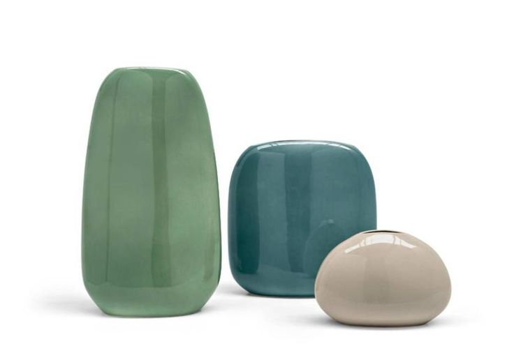 Contemporary vases in 3 sizes reflecting tones of nature. Just a couple of the options we have on display in-store.