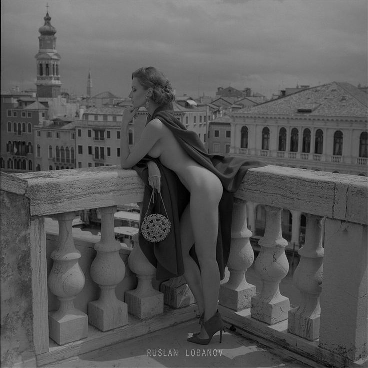 #ArtLePicgallery  #artphotography #blackandwhite #nudephoto