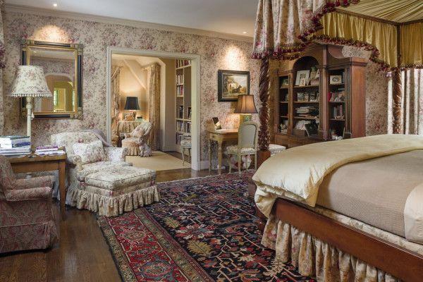 Спальня в английском стиле: узоры, мебель, отделка поверхностей, характерные аксессуары