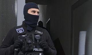 Το έγκλημα με πολιτικά κίνητρα βυθίζει στο χάος τη Γερμανία