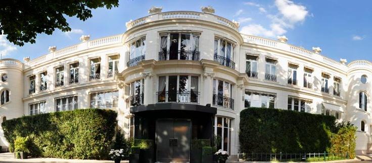 Le Pre Catelan Restaurant, Bois de Boulogne, Route de Suresnes, 75016 Paris, France. It's located at a park.
