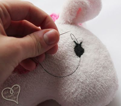 How to Sew Safe Stuffed Animal Eyes! I love this b/c button eyes are such a choking hazard.