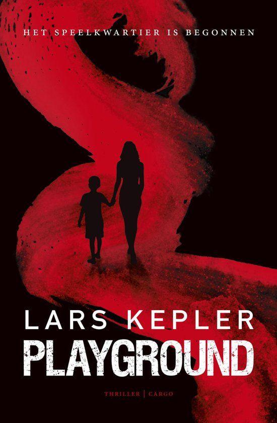 Het is erg fijn als een schrijver opeens verrassend uit de hoek komt. Kepler doet het met een verhaal wat het midden houdt tussen mockingbird en een Zweedse thriller. Ga gerust dit boek lezen. Gelezen: 09-12-2015