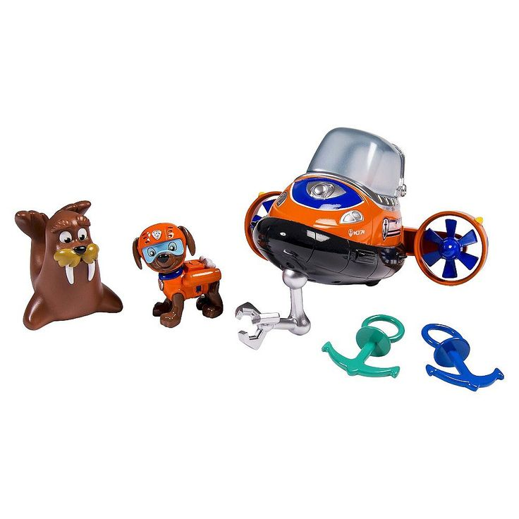 Dive into adventure with Zumas Bath Playset! This action-packed pup is a Chocolate Labrador who loves to laugh and surf! Now you can have underwater adventures with him and his trusty submarine during bath time. Rescue the two anchors from the depths of your bathwater with the submarines claw! Then squeeze Wallys soft belly and make him squirt out bathwater! Kids will have non-stop fun re-enacting their favorite scenes from the TV show. Together with the Paw Patrol, your childs imagination…