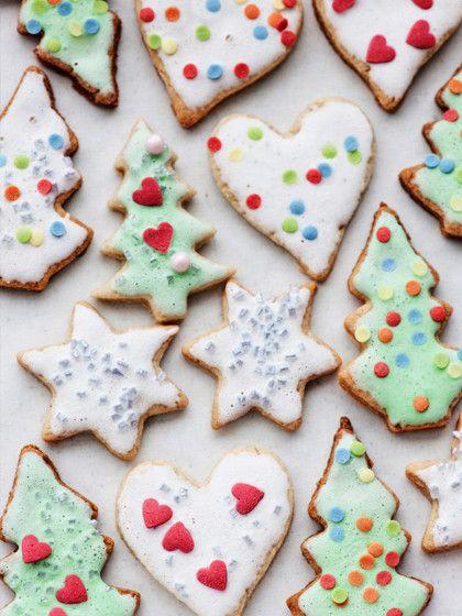 Weihnachtsplätzchen ohne Zucker und Fett? Ja, die gibt es! Und sie schmecken himmlisch! Hier findet ihr die leckeren Rezepte!