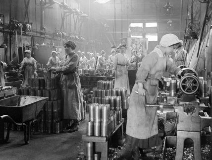 Women munition workers turning copper bands for artillery shells during the First World War at Royal Shell Factory 3, Woolwich Arsenal, Lond...