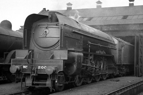 Cock o' the North is seen at Dundee shed – Gresley Society Collection