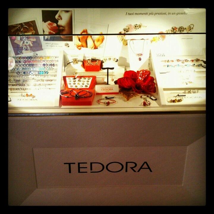Tedora the original made in Italy Christmas Corner @courtney brunicardi Preziosi Jewelry Store