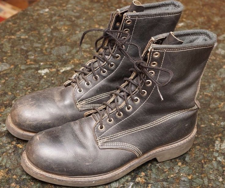 SZ 10 EE DAYTON CANADIAN steel toe toed insulated WORK  BOOTS Canada dyna-tred  #DAYTON #WorkSafety