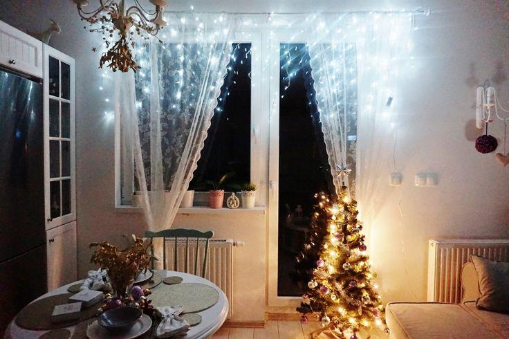 fashionable.com.pl christmas, decor, silver, home, christmas tree, white, święta, dekoracje świąteczne, choinka, bombki, salon,