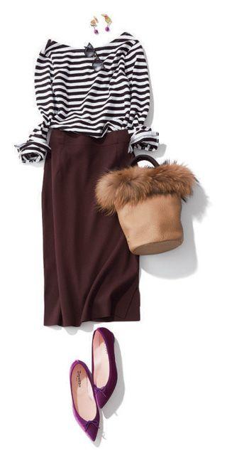 10月は秋本番! いよいよアウターの出番、羽織りものや長袖のトップスも必須です。2017年秋冬はレトロな雰囲気のチェック柄や、夏から継続してワイドパンツ人気が高そう。今季注目の、ワンピース、カーディガン、ジャケット、ガウン、ニット、ブラウス、シャツ、ボトムス(スカート、パンツ)、バッグをつかったファッションコーデをご紹介。