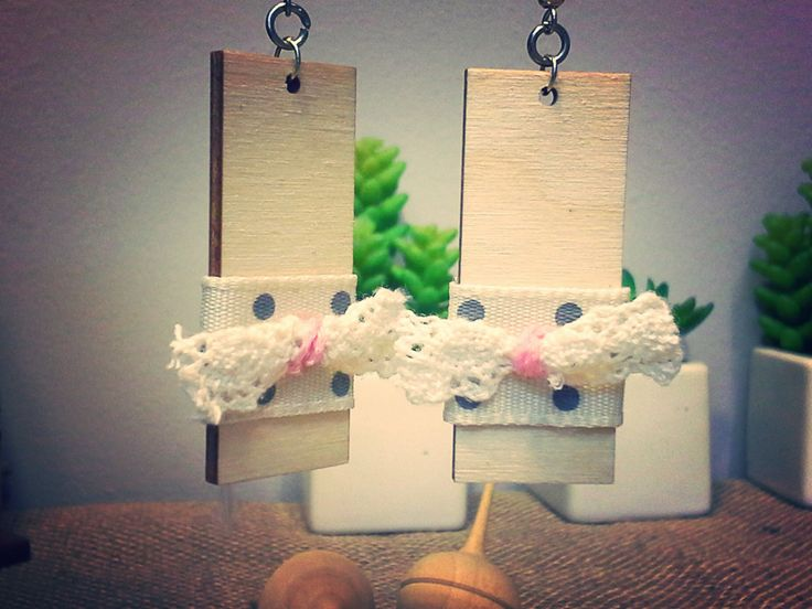 rectangle wooden earrings with bolka dots and lace bow and red beads - 135554
