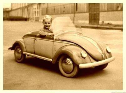 VW Escarabajo Pedal car.
