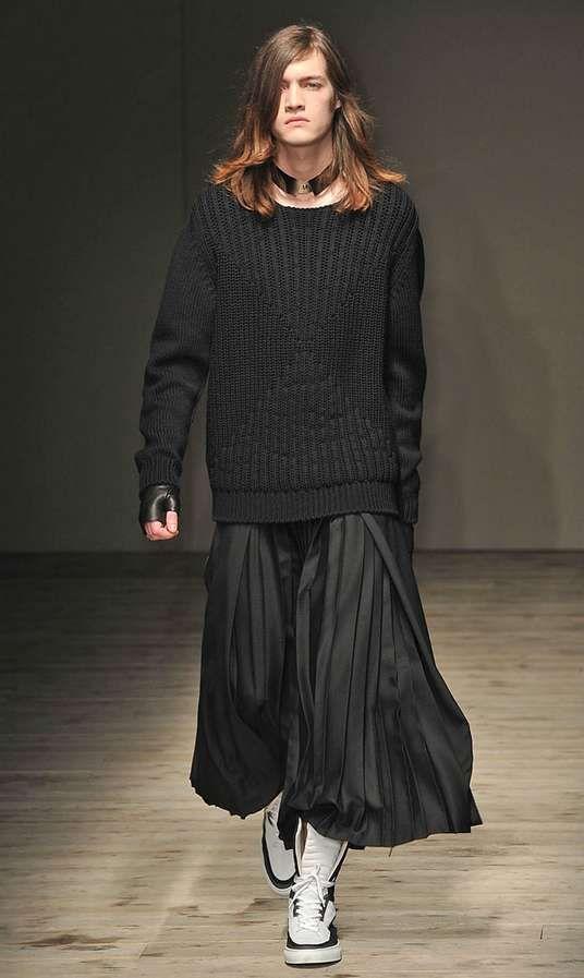 91 best men 39 s fashion les hommes portent une jupe ou une robe m nner im rock oder kleid. Black Bedroom Furniture Sets. Home Design Ideas