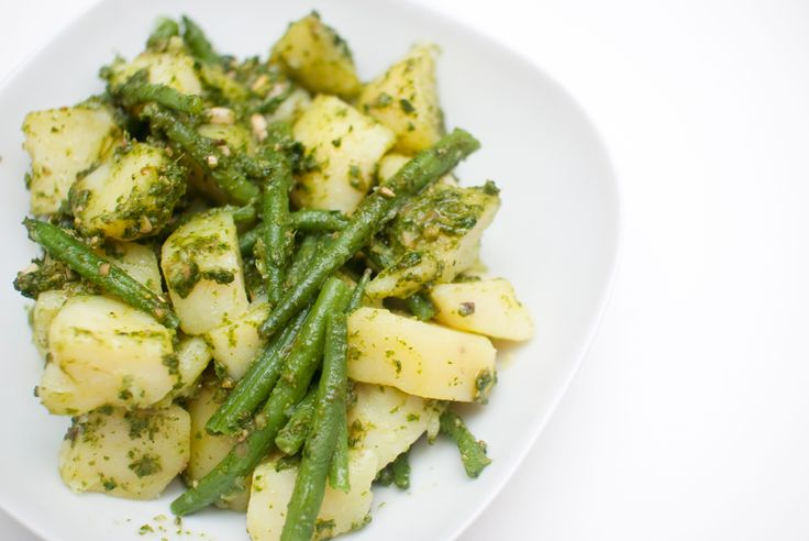 Salat de la bla bla bla // vegan potato salad with pesto