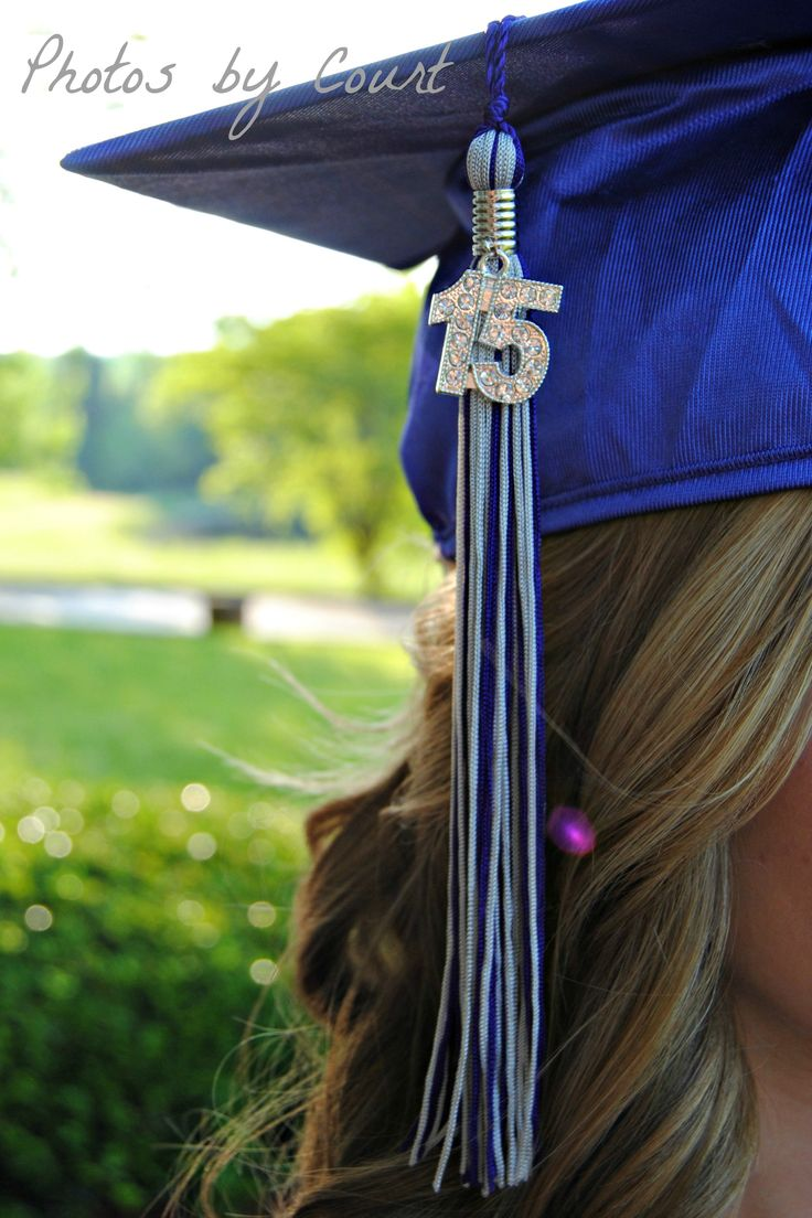 cap and gown picture| Photos by Court