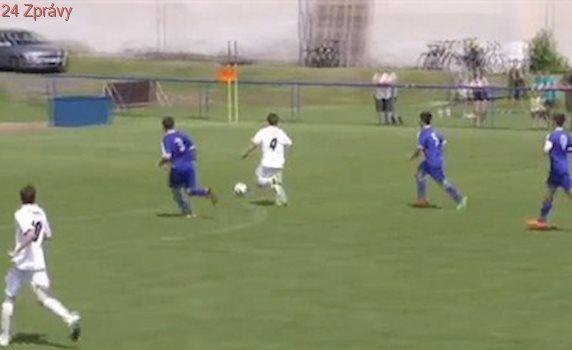 VIDEO: Kala dal čtyři góly za půli a nasměroval Hrobce k titulu