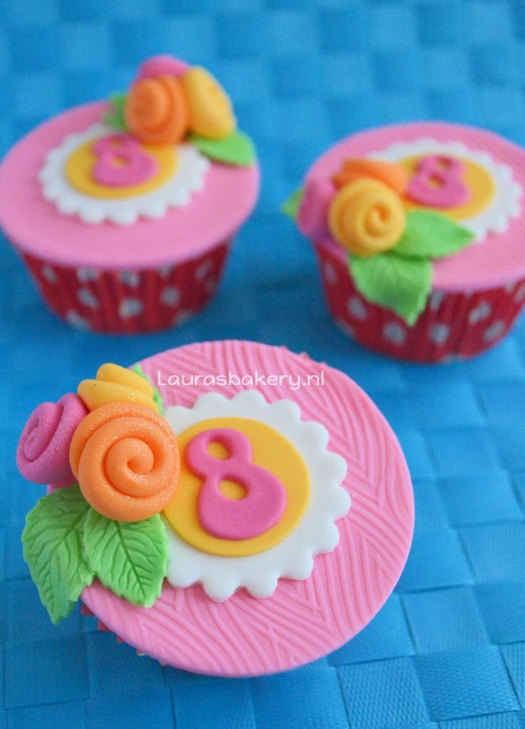 birthday cupcakes - Leeftijd cupcakes - Laura's Bakery