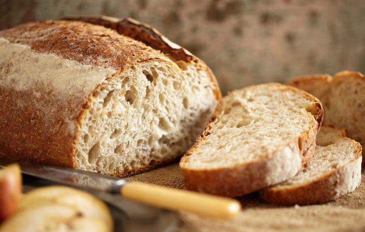 Pane fatto in casa: #ricetta base + altre #ricette sfiziose. Scopri come fare la pasta per il #pane fatto in casa, la ricetta spiegata passo per passo, gli ingredienti ed alcune #ricettefacili e veloci per fare il pane in casa.
