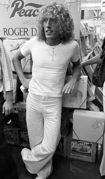 The Who's Roger Daltrey appears at Peaches Records - August 12, 1975 Photo by Tom Hill on Getty Images
