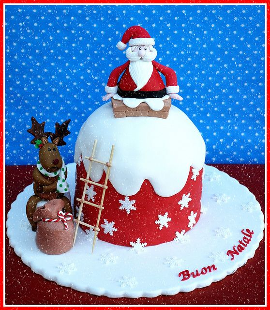 Santa Claus and reindeer cake