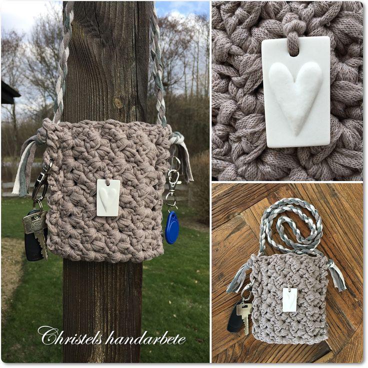 Virkad väska till mobilen, Crochet mobilcase
